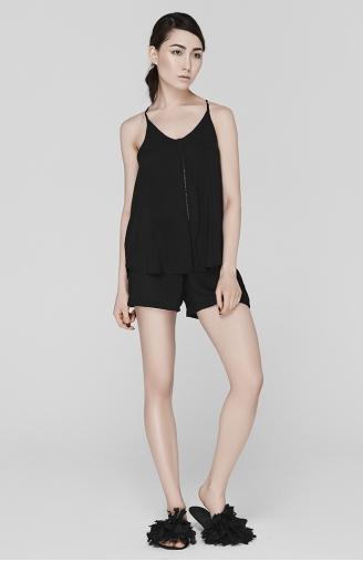 >Піжамний набір чорний з шортами з мереживом