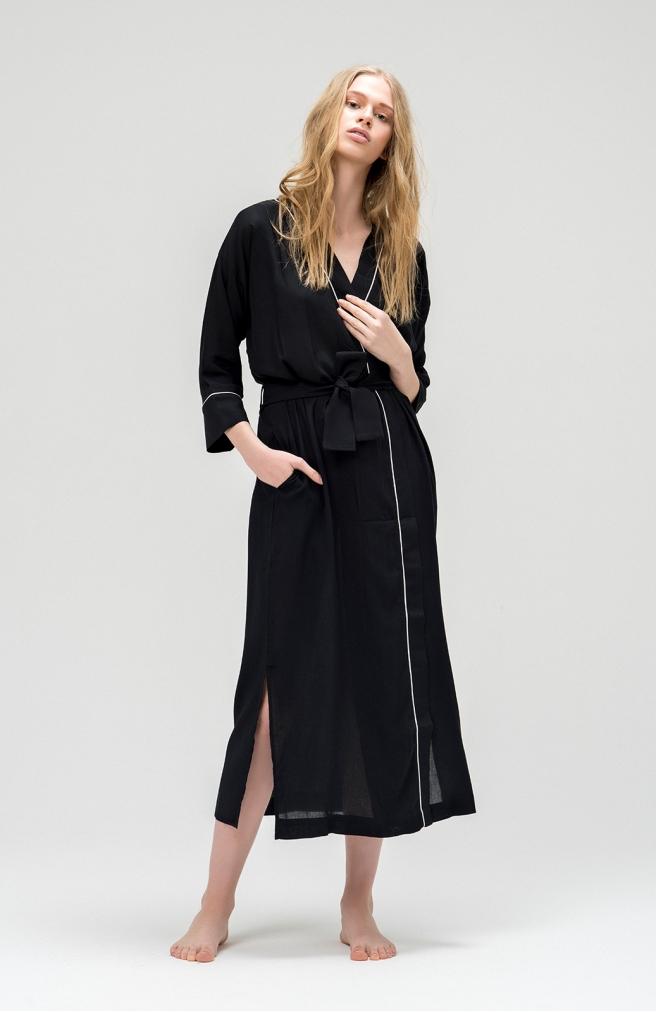 Халат довгий чорний з білим кантом