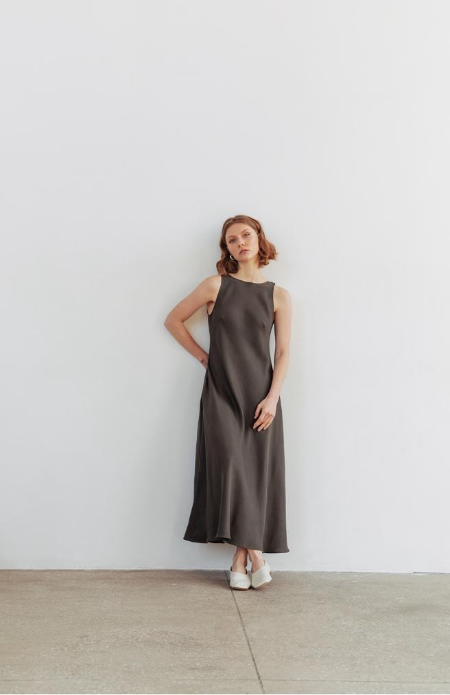>Сукня-майка коричнева з тенселу